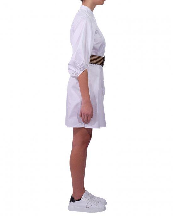 Abito Kocca donna ,modello camicia , con abbottonatura centrale nascosta, maniche a sbuffo con elastico al fondo e una cintura in paglia con fibbia tonda. Bianco